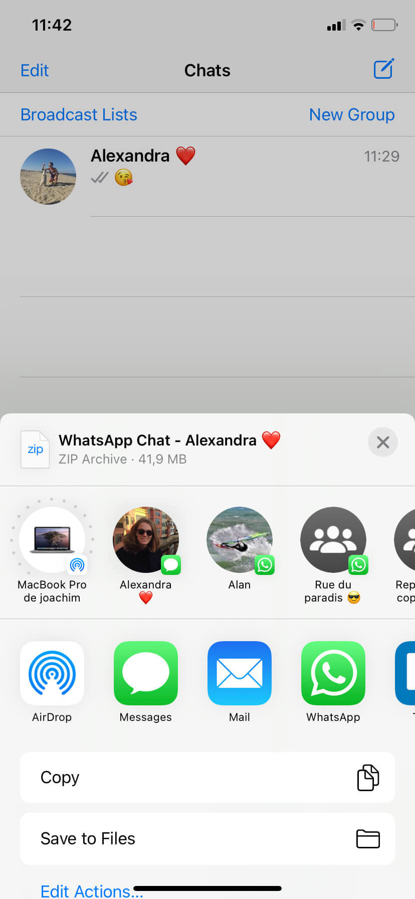 download-facebook-whatsapp-chat-history-conversations-4